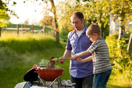 father son barbeque